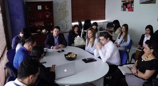 Mesa de trabajo con viceministro de comercio, Daniel Arango Ángel